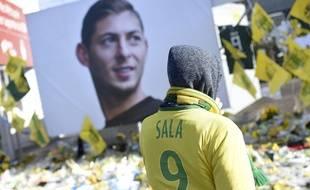 Un hommage à Emiliano Sala.