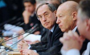 """Le ministre de l'Intérieur, Claude Guéant, souhaite que l'élection présidentielle de 2012 ne soit pas prétexte à des """"empoignades"""" au sujet de l'islam, dans une interview au quotidien le Monde daté de mardi."""