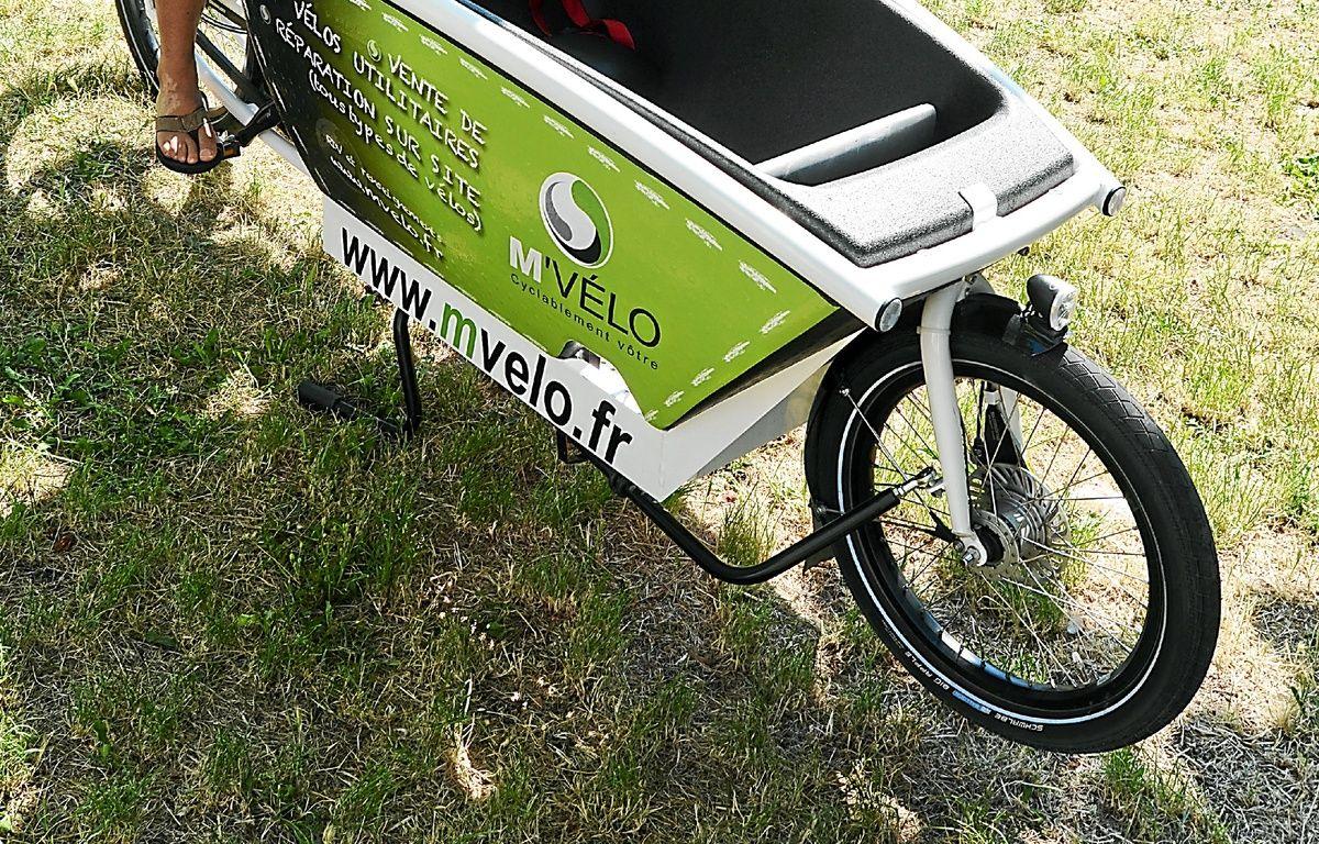 L'un des biporteurs de M'Vélo. – Nicolas Bonzom / Maxele Presse