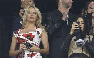 Pamela Anderson au Vélodrome pour OM-Monaco, ce dimanche.