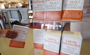 """Le livre de Valérie Trierweiler """"Merci pour ce moment"""" en vente dans une librairie de Montpellier, le 4 septembre 2014"""