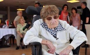 La doyenne connue des Français et des Européens, Marie-Thérèse Bardet, qui avait fêté ses 114 ans le 2 juin, est morte vendredi, a annoncé la maison de retraite de Pontchâteau (Loire-Atlantique) où elle vivait.