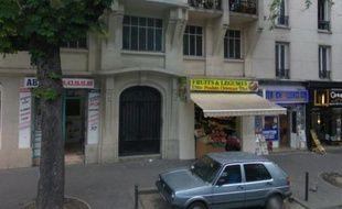 Un homme a été tué par balles au niveau du 341rue des Pyrénées, dans le 19e arrondissement de Paris, le 8 novembre 2012.