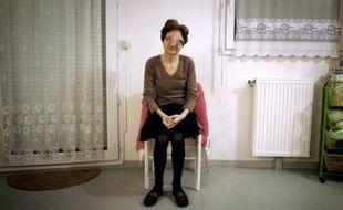 """Chantal Sébire, défigurée par une maladie orpheline, incurable et évolutive, a annoncé jeudi avoir confié son dossier à l'Association pour le Droit de Mourir dans la Dignité (ADMD), dix jours après son appel au secours pour """"qu'on l'accompagne dignement dans la mort""""."""