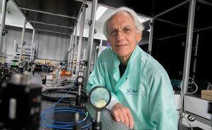 Gerard Mourou, prix Nobel de Physique, dans son laboratoire à Saclay en 2018.