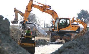 Illustration du secteur de la construction, toujours en difficulté en Bretagne, même si la reprise se fait sentir.