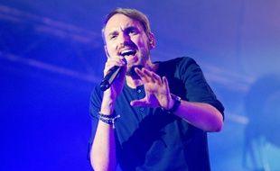 Christophe Willem en concert au festival de Ronquières (Belgique), en août 2015.