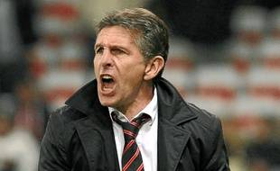 Le coach des Aiglons Claude Puel