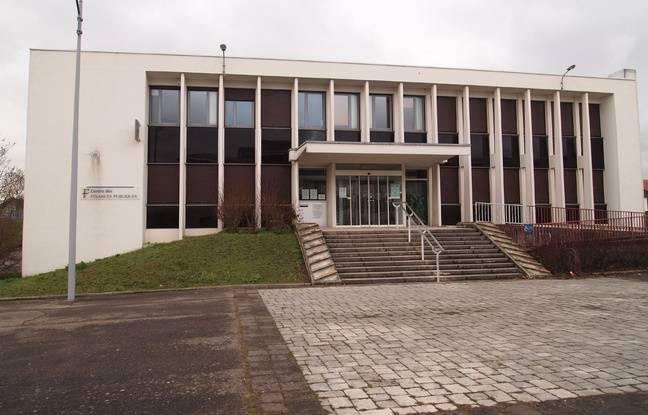 Le centre des impôts de Saint-Dizier.
