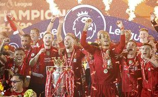 Trente ans après son dernier titre de champion, Liverpool est à nouveau roi d'Angleterre.