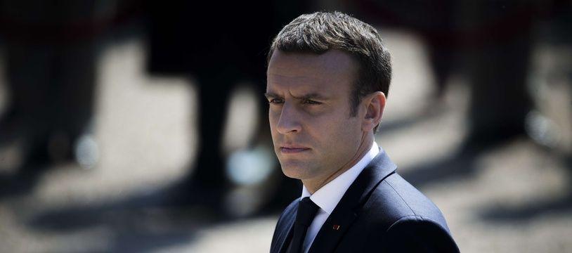 Emmanuel Macron, photographié le 18 juin 2017 au Mont Valérien.