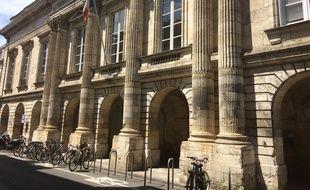Palais de justice de la Rochelle.