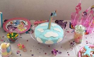Après plusieurs essais, Marjorie a confectionné ce gâteau en nuages.