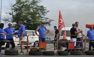 Les salariés de GM&S bloquaient le site de PSA de Sept-Fons dans l'Allier, le 6 juillet 2017.