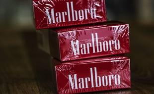 (Illustration) Des paquets de Marlboro Rouge.