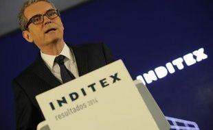 Le PDG d'Inditex, Pablo Isla, présente les résultats annuels du géant du textile espagnol, le 18 mars 2015 à Arteixo, dans le nord-ouest de l'Espagne