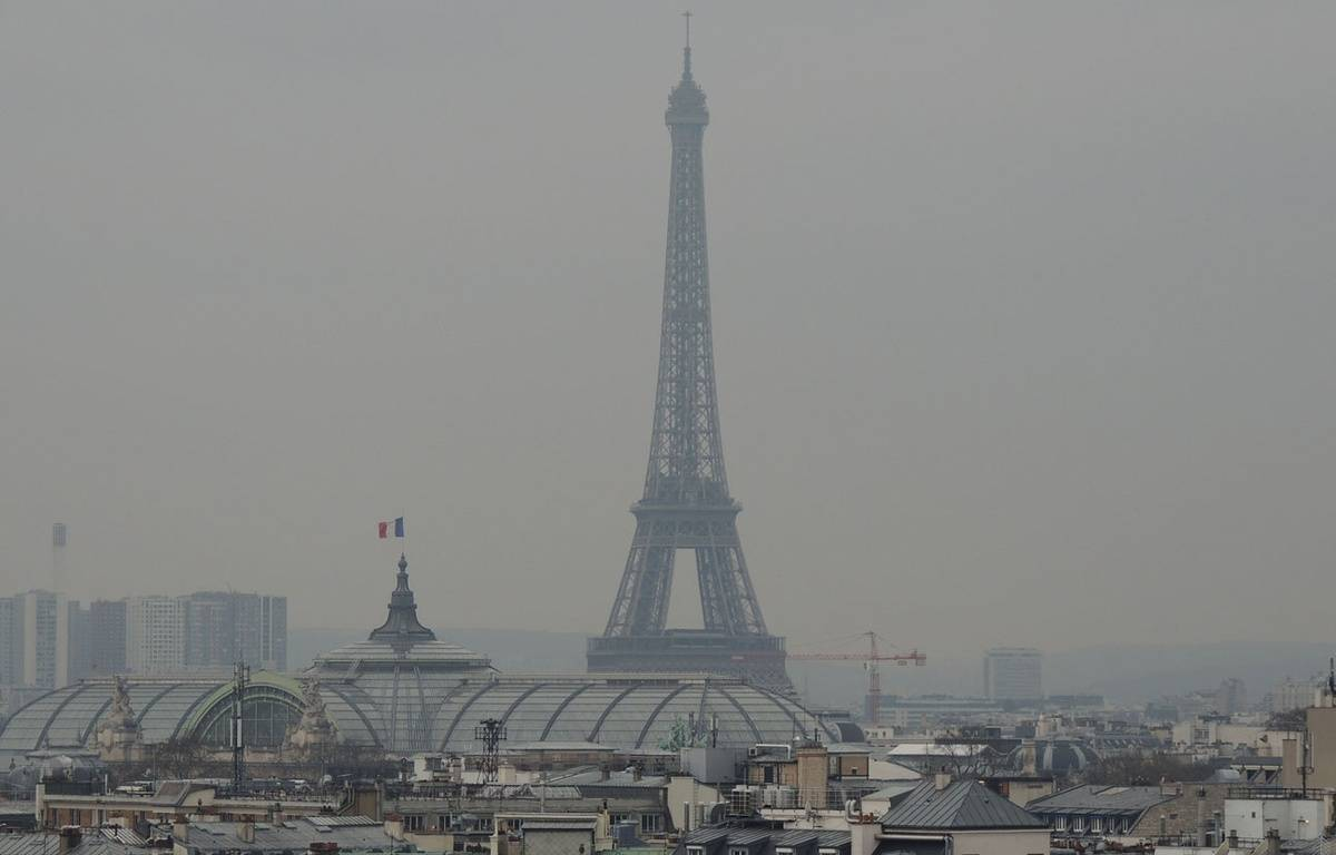 Illustration de la pollution sur Paris, le 19 mars 2015. – HOUPLINE RENARD/SIPA