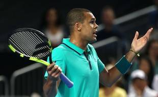 Jo-Wilfried Tsonga face à Kei Nishikori en huitièmes de finale de l'Open d'Australie, le 24 janvier 2016.