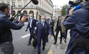 Jean-Michel Aulas arrive au Conseil d'Etat avant l'audience de l'OL, Amiens et Toulouse concernant l'arrêt de la Ligue 1.