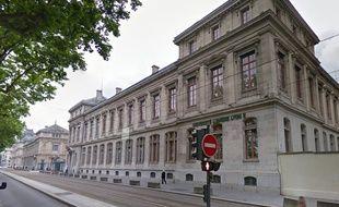 Le campus de l'université Lyon-II, situé sur les quais du Rhône, a été fermé toute la journée