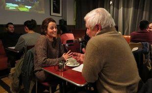 Lundi soir, dans un café du 10e, des inconnus ont échangé sur la religion