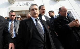 """Le procès du patron de la chaîne tunisienne Nessma, poursuivi pour """"atteinte aux valeurs du sacré"""" après la diffusion l'an dernier du film Persepolis, qui avait entraîné des violences d'extrémistes islamistes, a brièvement repris lundi à Tunis dans une ambiance électrique."""
