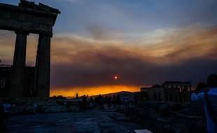 Depuis le début du mois d'août 2019, la Grèce est touchée par une série d'incendies, alors que le thermomètre est monté jusqu'à 40 degrés.