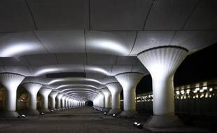 Installation de l'artiste espagnol Pablo Valbuena (Kinematope) pour la manifestation dédiée à l'art contemporain Nuit Blanche, le 3 octobre 2014 à Paris