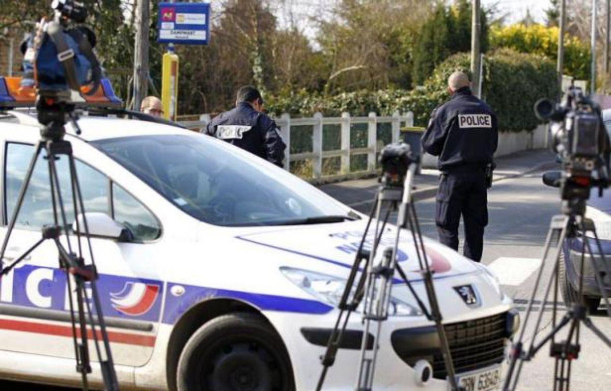 La mère, interpellée vendredi après que ses deux fils et sa fille ont été retrouvés égorgés au domicile familial à Dampmart (Seine-et-Marne), a été hospitalisée d'office à l'issue d'un examen psychiatrique samedi, a annoncé une source judiciaire à l'AFP. – Kenzo Tribouillard AFP