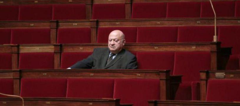 André Santini, député-maire UDI d'Issy-les-Moulineaux, à l'Assemblée Nationale, le 16 mars 2011