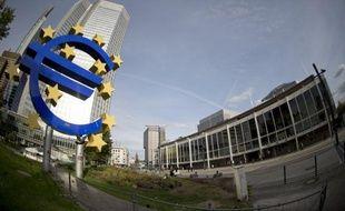 La Banque centrale européenne (BCE) a laissé jeudi son principal taux directeur inchangé, à 0,75%, un plus bas niveau historique auquel il stationne depuis juillet, a annoncé un porte-parole de l'institution monétaire.