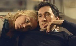 Evelyne Brochu (Louise Mercier) et Grégoire Colin (Vincent Mercier) dans la série «Thanksgiving» de Nicolas Saada.