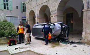 L'accident a eu lieu devant la mairie de Pézenas, dans l'Hérault