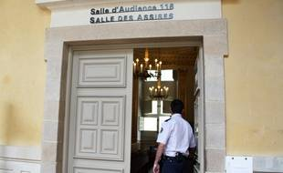 L'entrée d'une salle d'audience au sein de la cour d'assises d'Ille-et-Vilaine, à Rennes.
