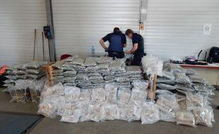 La (très) belle saisie de MDMA des douaniers de Calais.