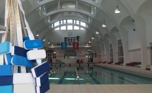Paris, le 17 mai 2017. Un système de chaudière numérique chauffe l'eau de la piscine de la Butte aux cailles.