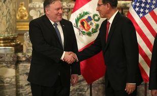 Le secrétaire d'Etat américain Mike Pompeo a rencontré le président péruvien Martin Vizcarra  à Lima le 13 avril 2019.