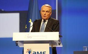 Jean-Marc Ayrault, premier ministre, lors du congrès des maires de France, le 19 novembre à Paris.