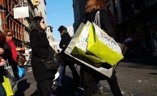 La consommation des ménages aux Etats-Unis a bondi en février, sous l'effet principalement de la hausse des prix de l'essence, tandis que les revenus étaient à la traîne, selon des chiffres publiés par le gouvernement vendredi.