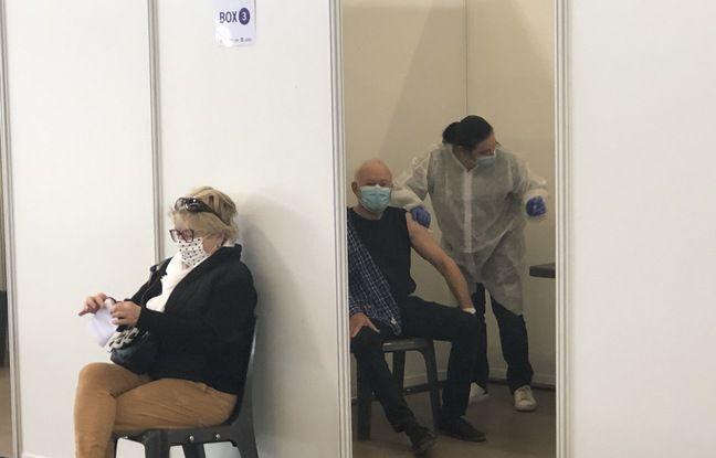 La vaccination est organisée dans des box installés à l'intérieur du parc des Expositions.