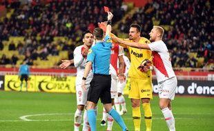 Nadlo a été expulsé au bout de 5 minutes lors du match entre l'ASM et Strasbourg.