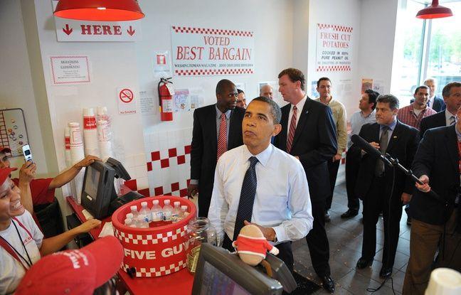 Barack Obama dans un restaurant Five Guys en 2009 à Washington