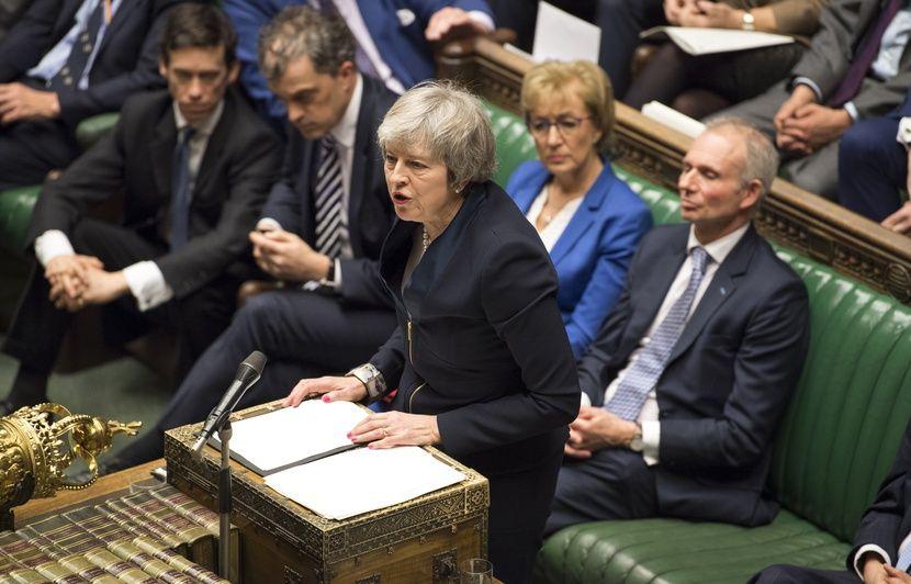 Brexit: Nouvelle humiliation pour May, qui perd le contrôle du processus face au Parlement