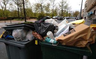 Les éboueurs de la société Pizzorno sont en grève depuis le 2 avril 2019 à Lyon.