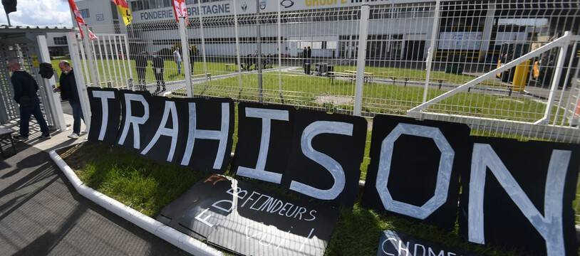 Des salariés de la Fonderie de Bretagne, à Caudan, dans le Morbihan, bloquent l'usine du groupe Renault depuis le mois de mars.