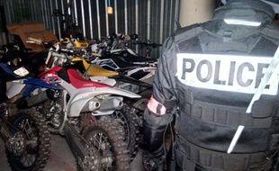 Douze motos ayant servi à un rodéo urbain en plein confinement à Bordeaux, avaient été saisies fin avril.
