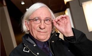 Jean-Paul Gourevitch, ecrivain, universitaire et essayiste francais, s'est vu confier par Les Editions Firts, l'écriture du livre