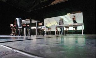 Répétition dans la salle de spectacles, au premier étage de Montevideo.