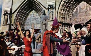 «Notre-Dame de Paris» de Jean Delannoy, avec Gina Lollobrigida, est l'une des nombreuses adaptations cinéma du classique de Victor Hugo