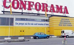 Vingt-huit salariés de l'enseigne Conforama à Nîmes ont fait grève samedi afin de demander des explications sur le licenciement du directeur du magasin. Illustration.